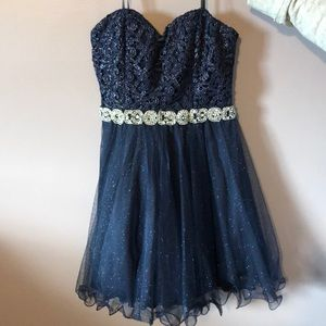 Dresses - Homecoming dresses